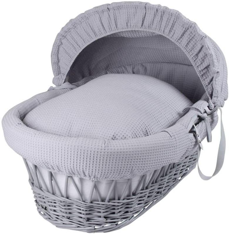 couffin en osier sur pied habillage couffin osier faire dormir bébé dans un couffin en osier couffin osier vintage